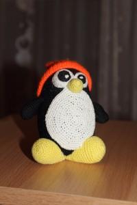 Вязаный пингвин Tux