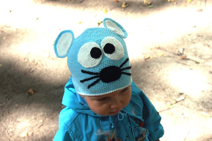 "Детская шапка  ""Мышка "" с ушками, вязаная крючком."